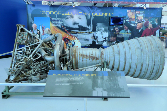 Aerojet XLR-87 Rocket Engine (2)