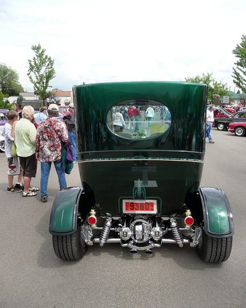 1919 Ford Center Door Sedan